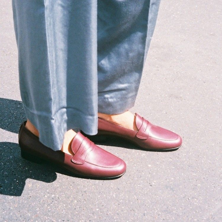 2100 BURGUNDY LOAFERS
