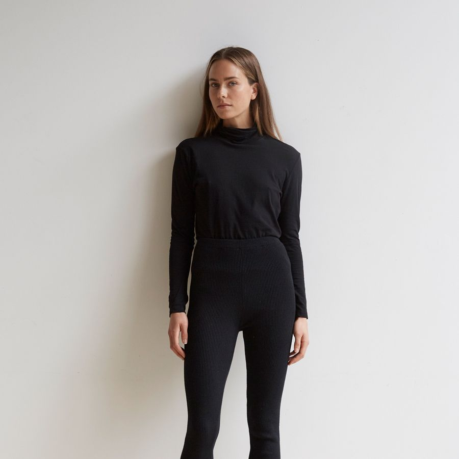 Fitted Funnel Neck